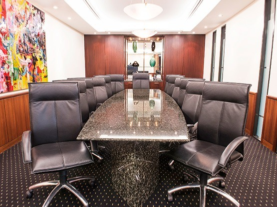 boardroom-555x416-pwctower-auckland.jpg