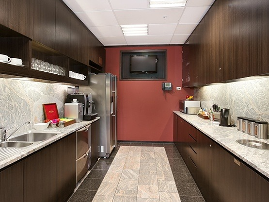 kitchen-555x416-lambtonquay-wellington.jpg